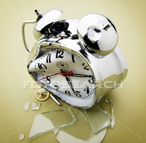 broken-alarm-clock_