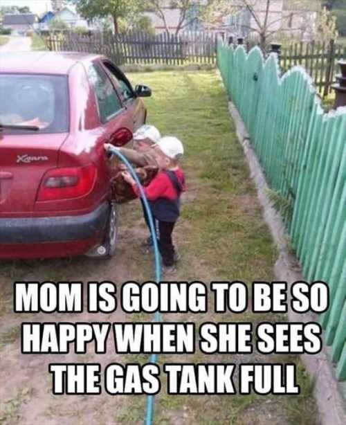 kids-filling-up-the-gas-tank-on-the-car